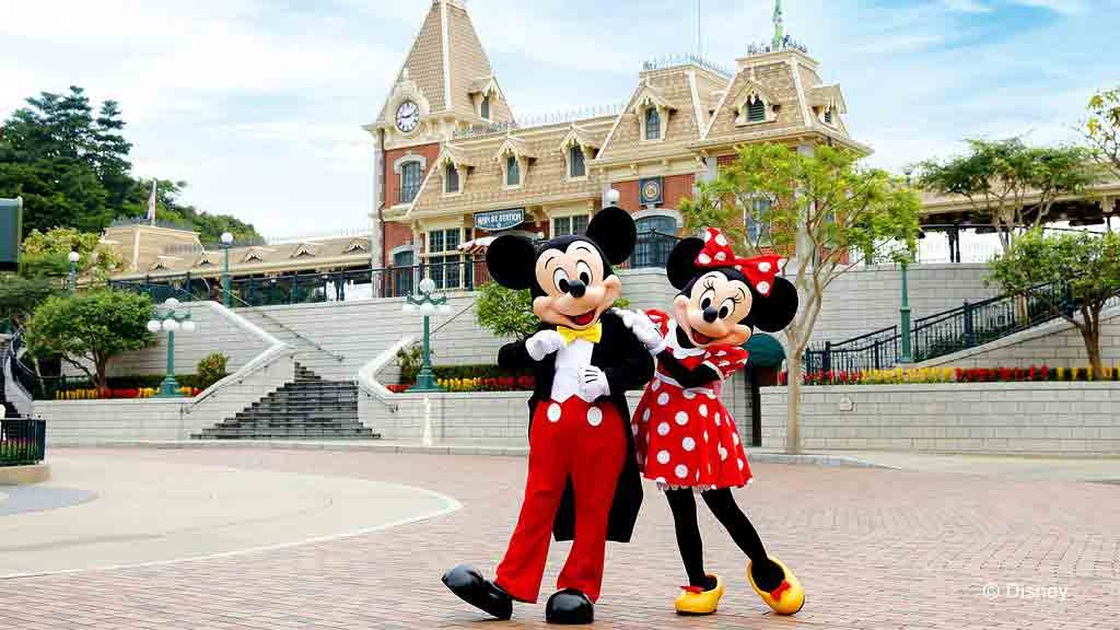 A Guide to Family Holidays in Hong Kong - Disneyland with Micky and Minnie Mouse